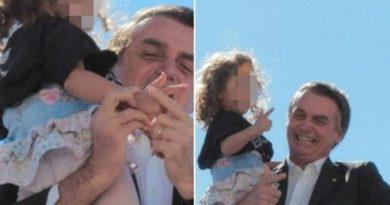 Após polêmica,  Bolsonaro diz que gesto de arma: 'frescura, eu brincava de arma o tempo todo'