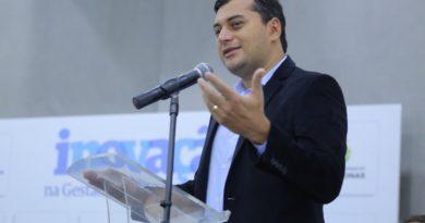 Wilson Lima vai reduzir gastos com Secretarias e que isso deve gerar economia ao Amazonas